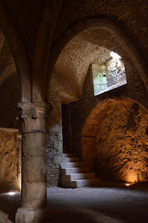 colone médiévale des souterrains de Provins