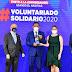 """El doctor Cruz Jiminián recibe máximo galardón del 'Premio Voluntariado Solidario"""" de Prosoli"""