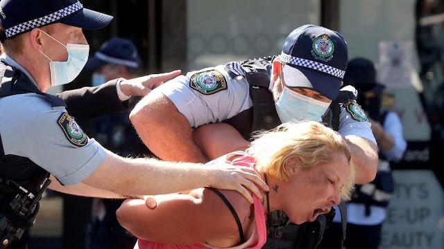 In Australia è ufficiale: la popolazione non ha nessun diritto