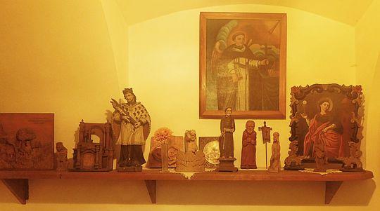 Kolekcja świątków Jędrzeja Wowry.