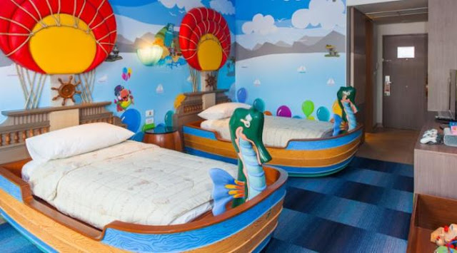 Kamar Hotel Bajak Laut
