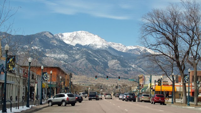 vacation rentals in Colorado Springs