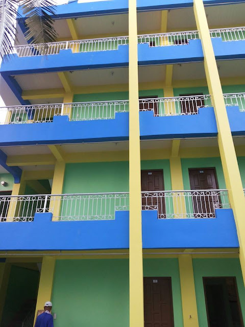 Well EEC Apartments can help your problems. There is an affordable, safe, clean and presentable room located at EEC Apartments.