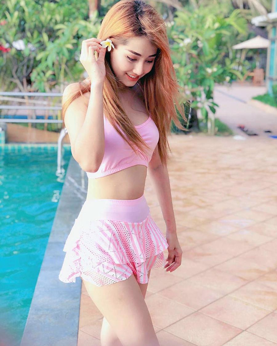 Swe Zin Htet bikini seksi model Myanmar