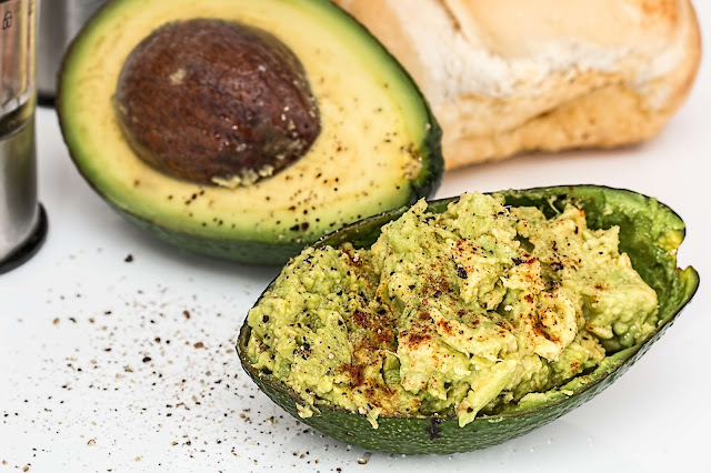 RECIPE FOR AVOCADO BOATS