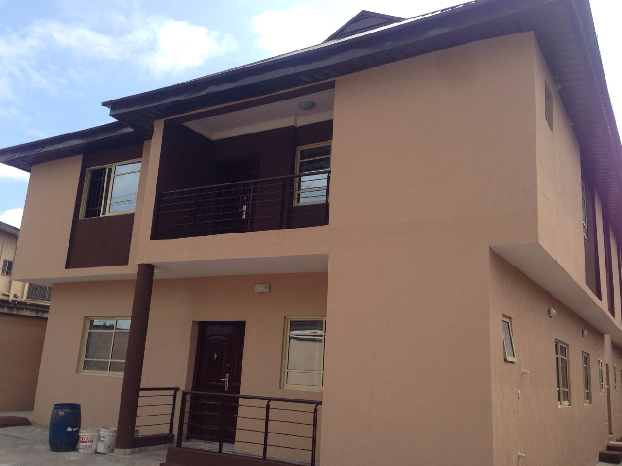 SALE: 4-Units, 3-Bedroom Flats With 2-Units, 2-Bedroom