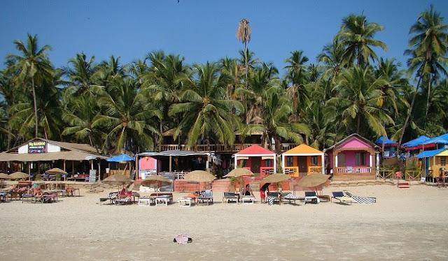 उत्तर गोवा और दक्षिण गोवा में घूमने के लिए सबसे अच्छी जगहें - Best Places to visit in Goa Hindi