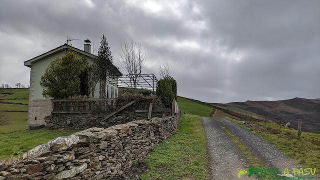 Casa cercana a la Capilla de San Pelayo