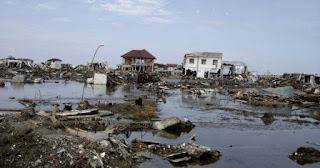 https://pixnio.com/events-happenings/flooding-from-the-dec-2004-tsunami-left-aceh-destroyed-with-rubble-and-water-indonesia