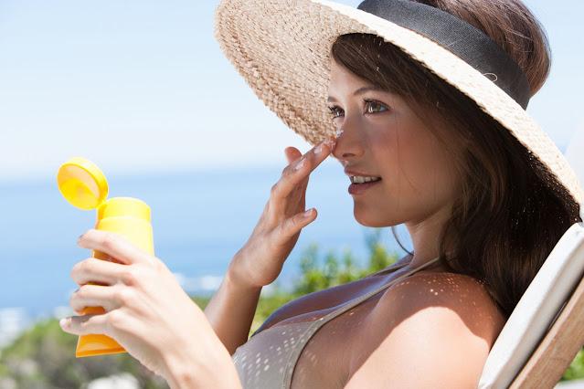 Cara Memakai Sunblock di Tubuh dan Wajah