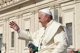 Pope Francis Goes to Rome's Gemelli Hospital for Intestinal Surgery