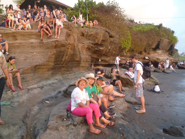 Esperando el sunset en Tanah Lot