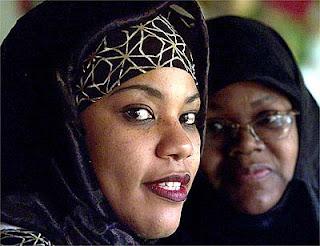 قصة اسلام ديا ريتشاردسون