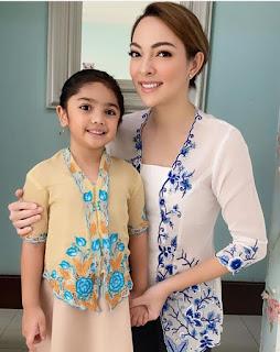 dr Reisa dan putrinya