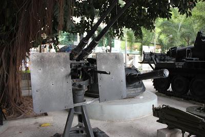Anti- aircraft gun