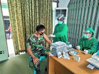 Prajurit Koramil Jambi Selatan Laksanakan Vaksinasi Serentak