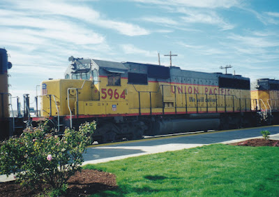 Union Pacific SD60 #5964 in Vancouver, Washington on July 23, 1999
