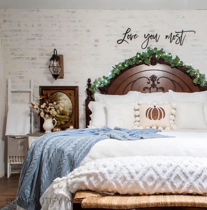 copper and blue autumn bedroom decor