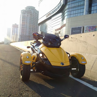 Motor Unik Roda 3 CAN AM SPYDER RS-S SPORT 2009 - JAKARTA