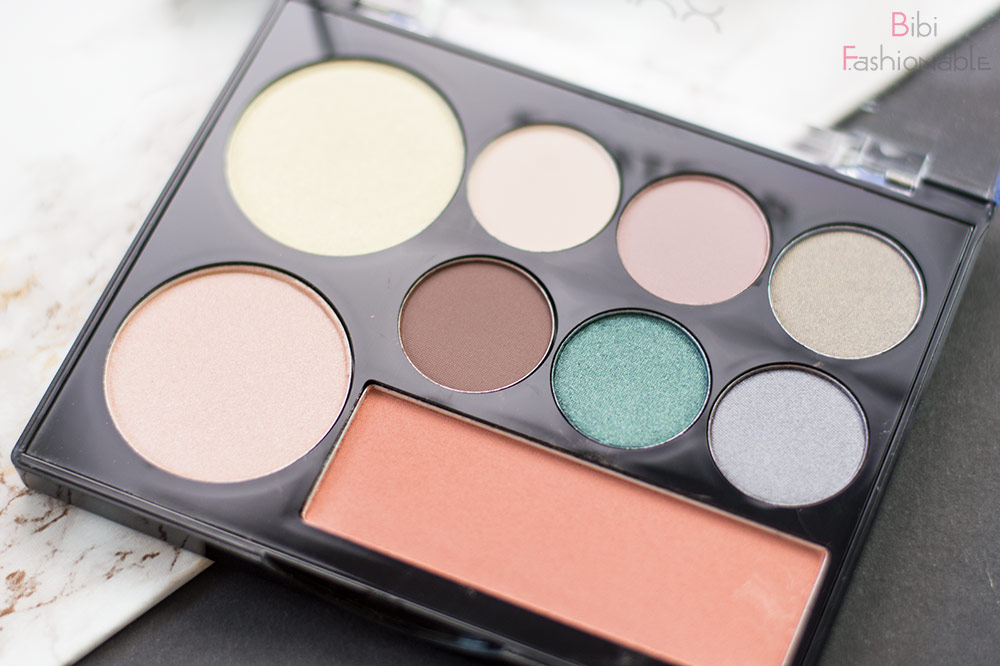 Contour Intuitive Eye & Face Sculpting Palette Smoke & Pearls offen