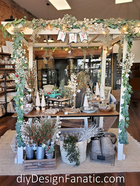 Christmas decor, Christmas, Farmhouse, #shoplocal, Wilkesboro, North Wilkesboro