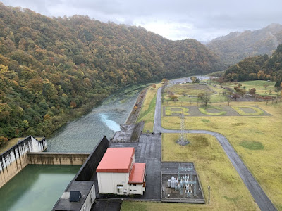 玉川ダムの下流側