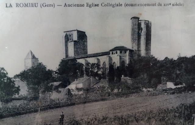 Postal Colegiata La Romieu Francia Via Podiensis Camino de Santiago