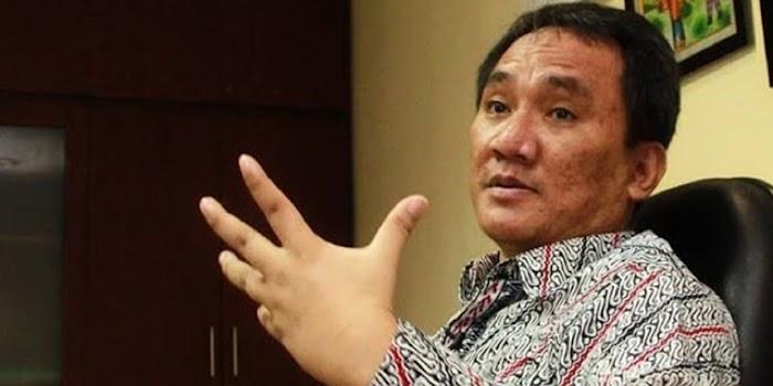 Andi Arief Usul, Agar Situasi Kondusif Pemerintah Hentikan Sidang HR5, Jumhur Dan Syahganda