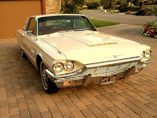 1965 Ford Thunderbird Luxury Coupe Front Right