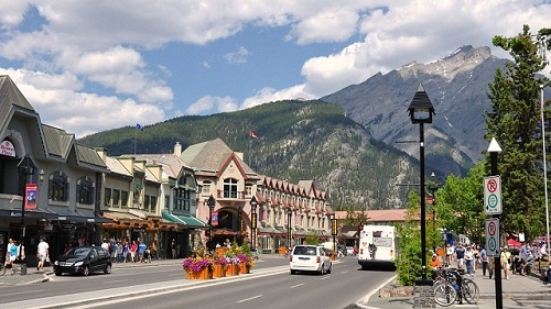 best places to live in canada for families