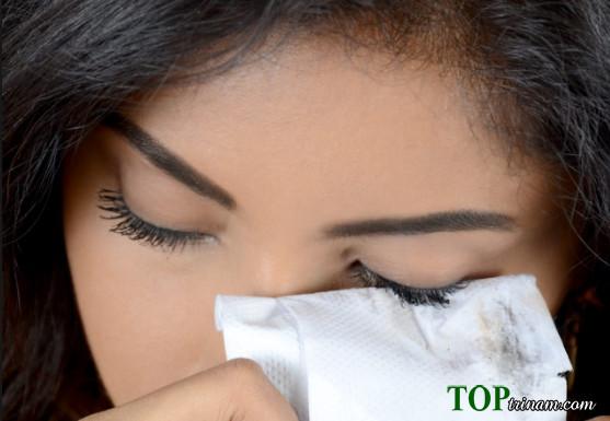 2 cách tẩy trang mascara không thấm nước trong 30 giây