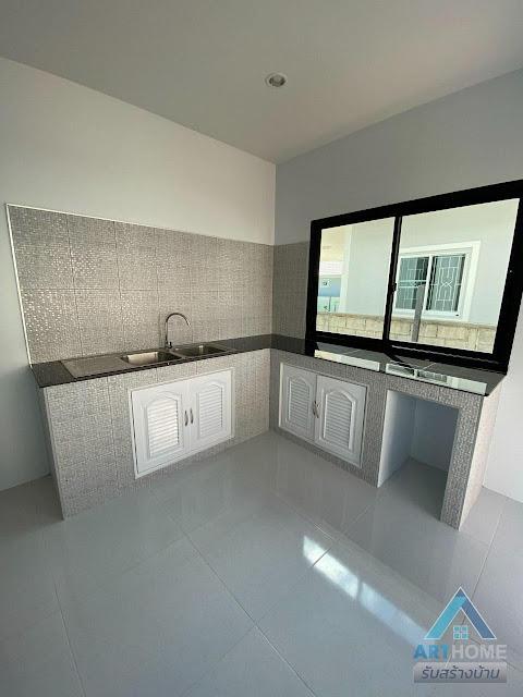 ห้องครัวในบ้านราคา 1.8 ล้านบาท