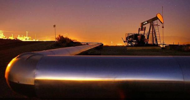 لأول مرة منذ فبراير.. أسعار النفط فوق مستوى 50 دولارا