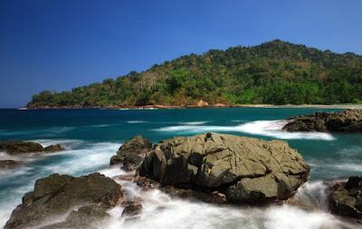 Pantai Rajeg Wesi