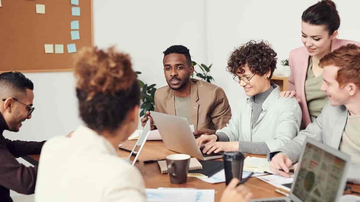 Como saber se a sua empresa oferece um ambiente diverso