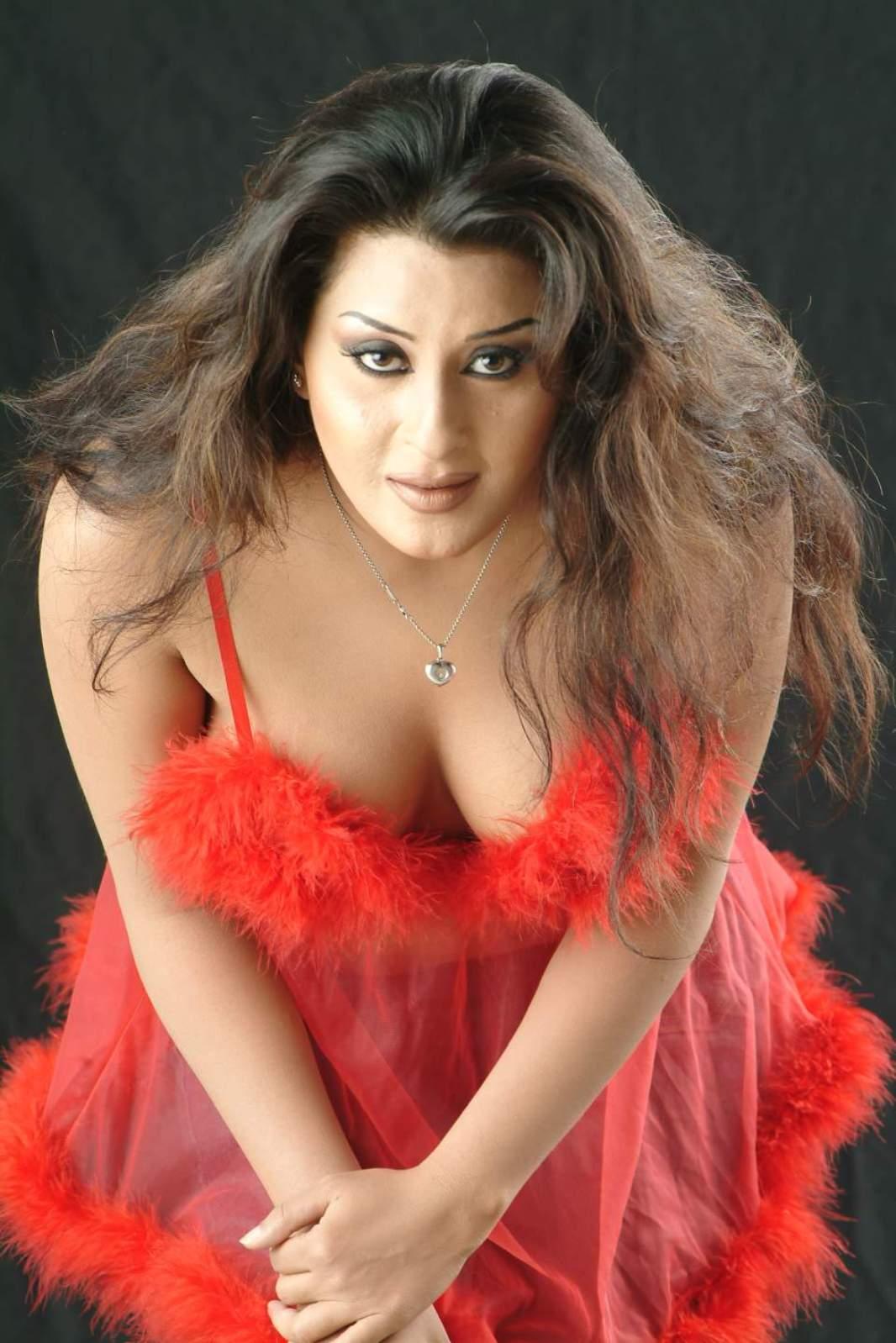 pakistani actress laila hot pics check out her