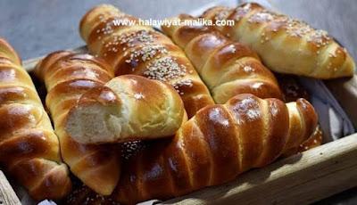 خبز بالحليب رائع