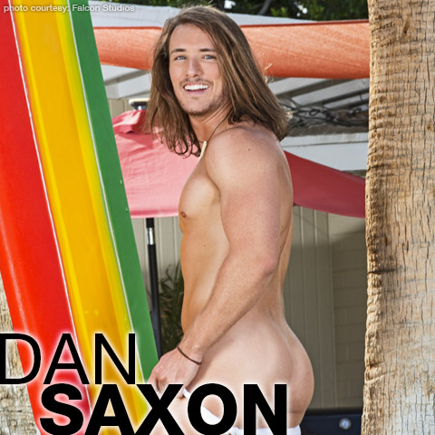 Gay pornstar Dan Saxon
