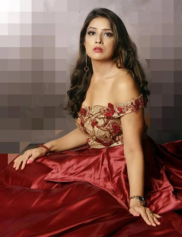 Hot photos of Kanishka Soni - wiki bio, tv shows, photoshoots, Instagram, movies and more.