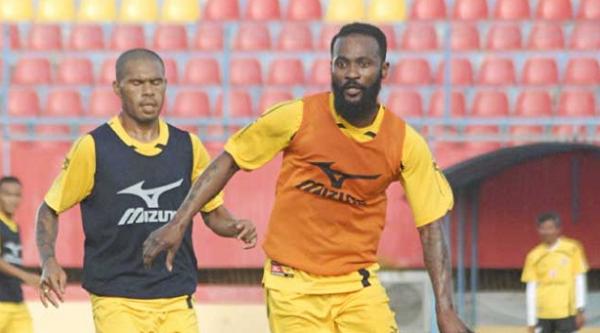 Didier Zokora Belum Maksimal, Pelatih Siapkan Terapi Khusus