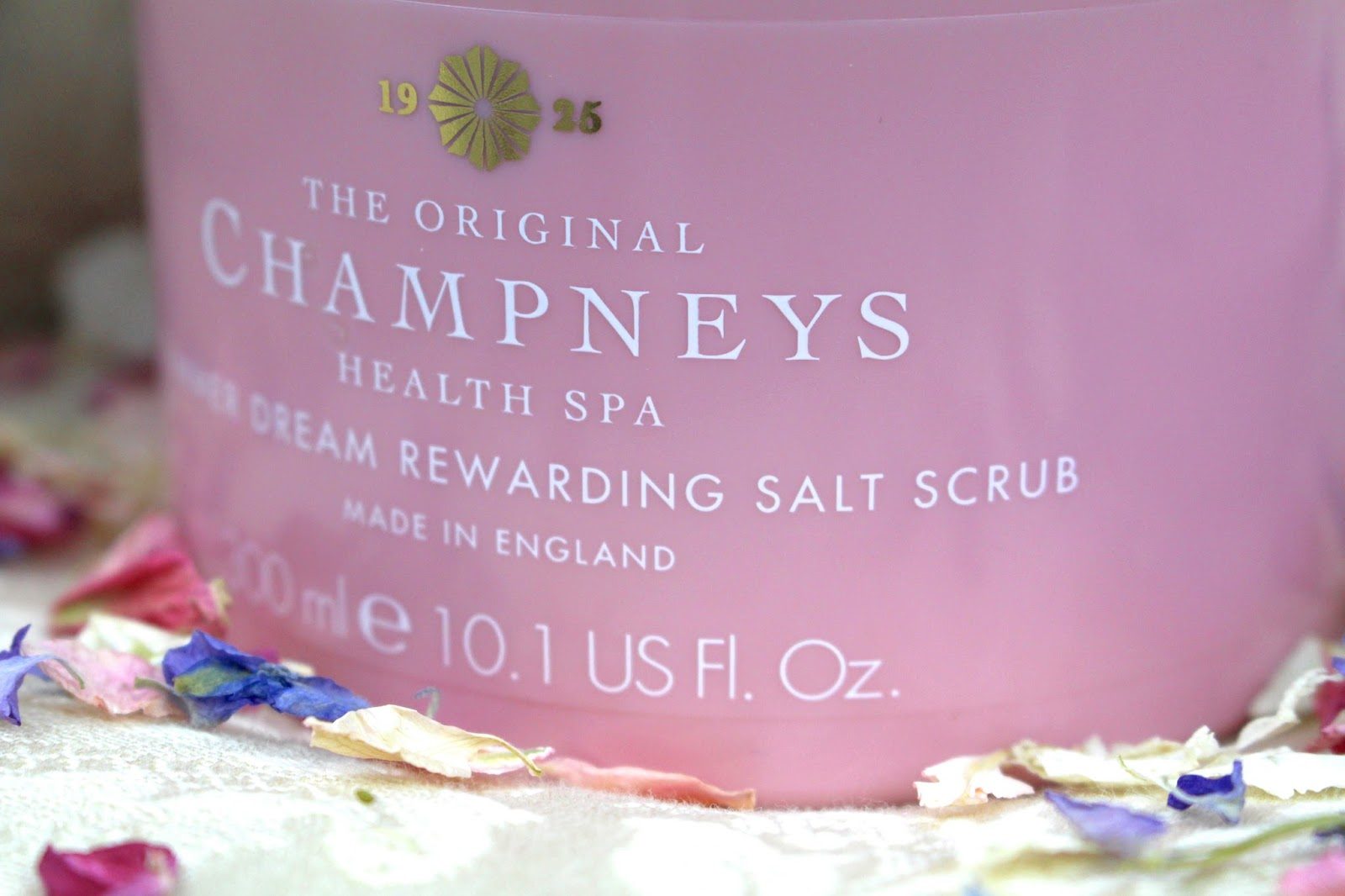 Champneys Summer Dream Rewarding Salt Scrub