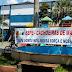Profissionais da Educação de Cachoeiras de Macacu, RJ, realizaram protesto em frente a Prefeitura.