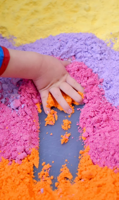 Make cloud dough in every color of the rainbow with this easy recipe for kids! #clouddough #clouddoughrecipe #coloredclouddough #rainbowclouddough #growingajeweledrose #activitiesforkids