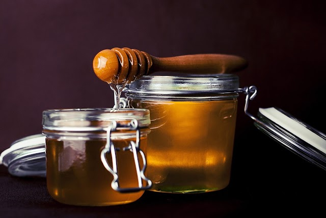What are the benefits of honey?