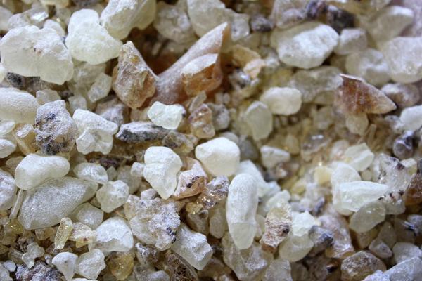 white copal incense