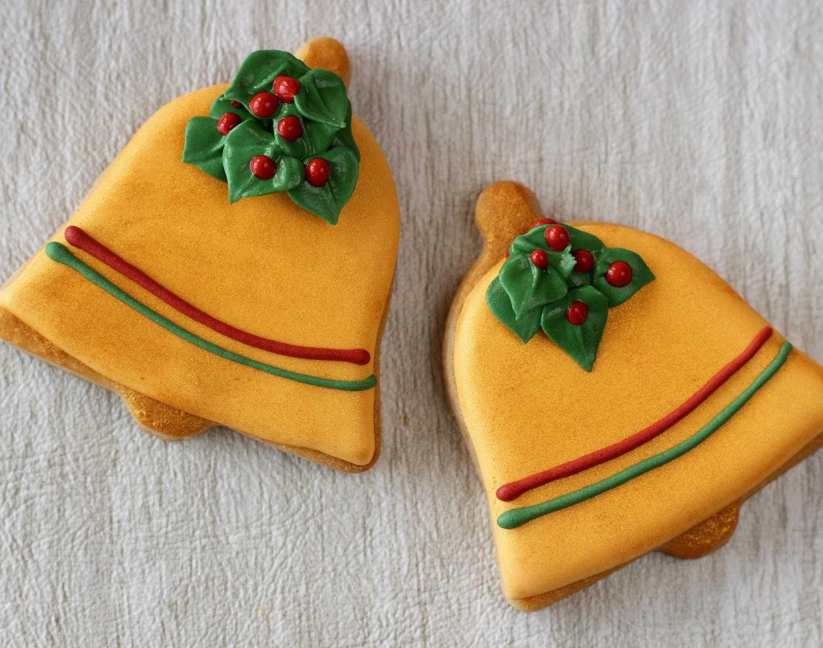 My Cookie Clinic: CHRISTMAS BELL COOKIES/ December