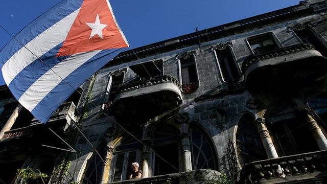 """""""Ron para todos"""": EE.UU. levanta una serie de restricciones del bloqueo a Cuba"""