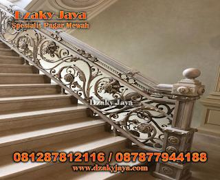 railing tangga besi tempa klasik, gambar railing tangga besi tempa, model pagar tangga besi tempa, pagar tangga besi tempa.