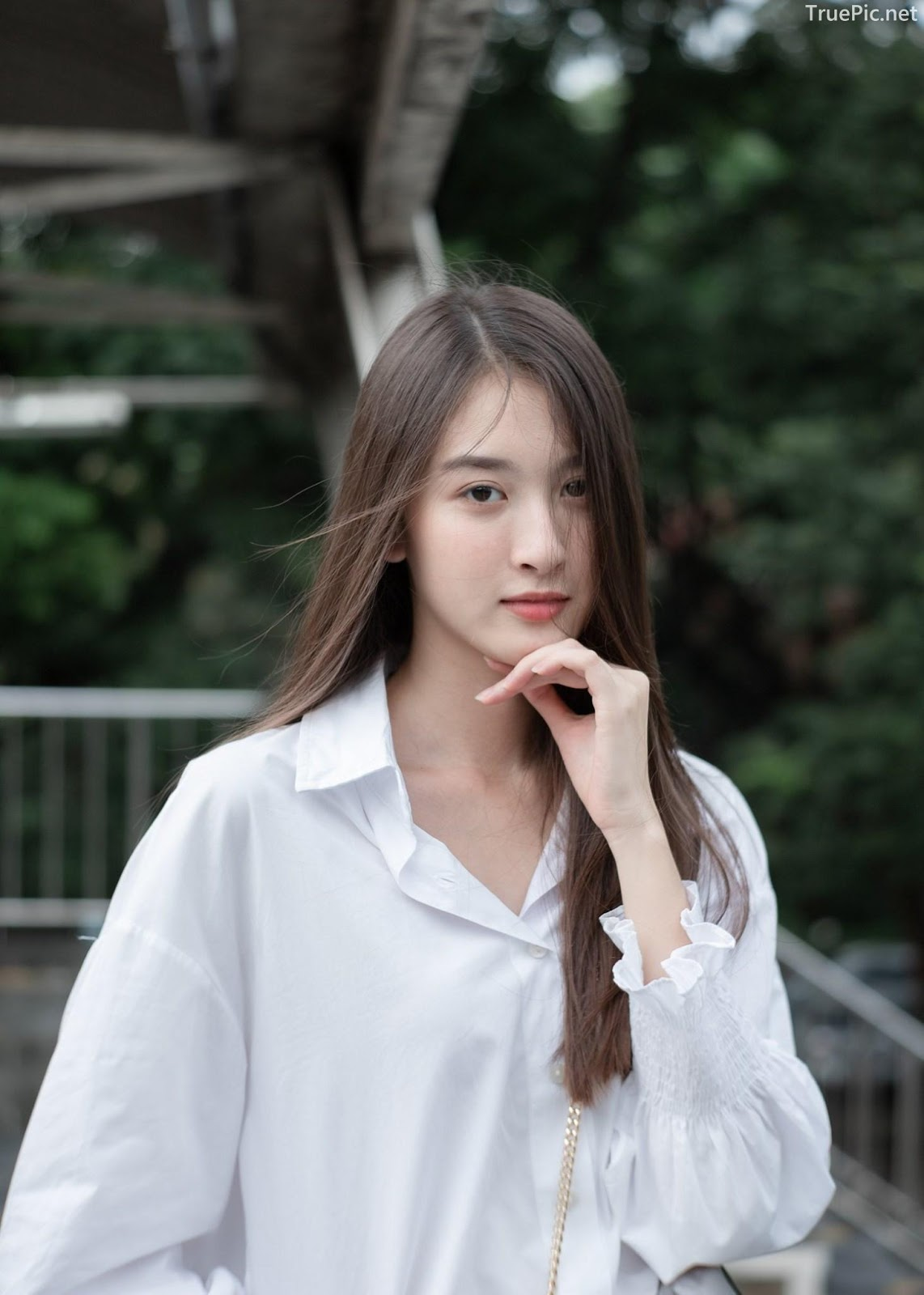 Thailand beaufiful model - View Benyapa - Young charming girl with long hair - Picture 8