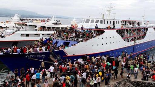 Penumpang Kapal dari Sabang menuju Aceh Membludak, Social Distancing Terabaikan